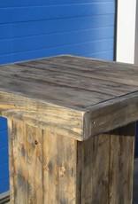 Bartafel van steigerhout met voetenplank en op wieltjes