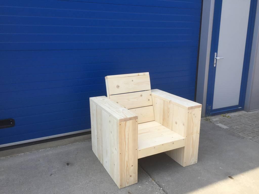 Alvega Lounge stoel met hoge ruig van steigerhout