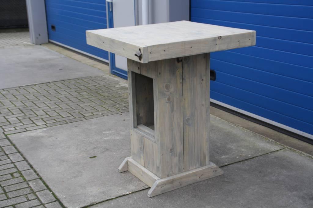 huub Bartafel / Partytafel van steigerhout met Bierkrat vak: Model Huub