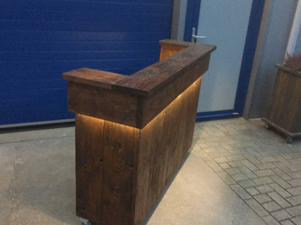 Bar / Balie van steigerhout met LED verlichting