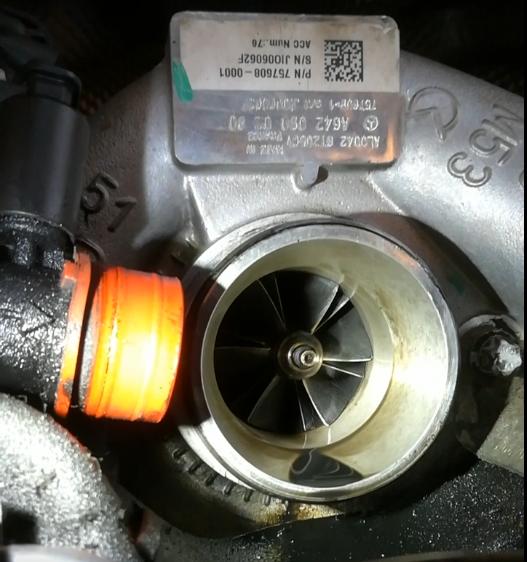 Mercedes ML olie via turbo