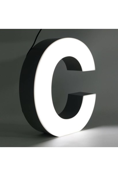 Quizzy LED Letter C