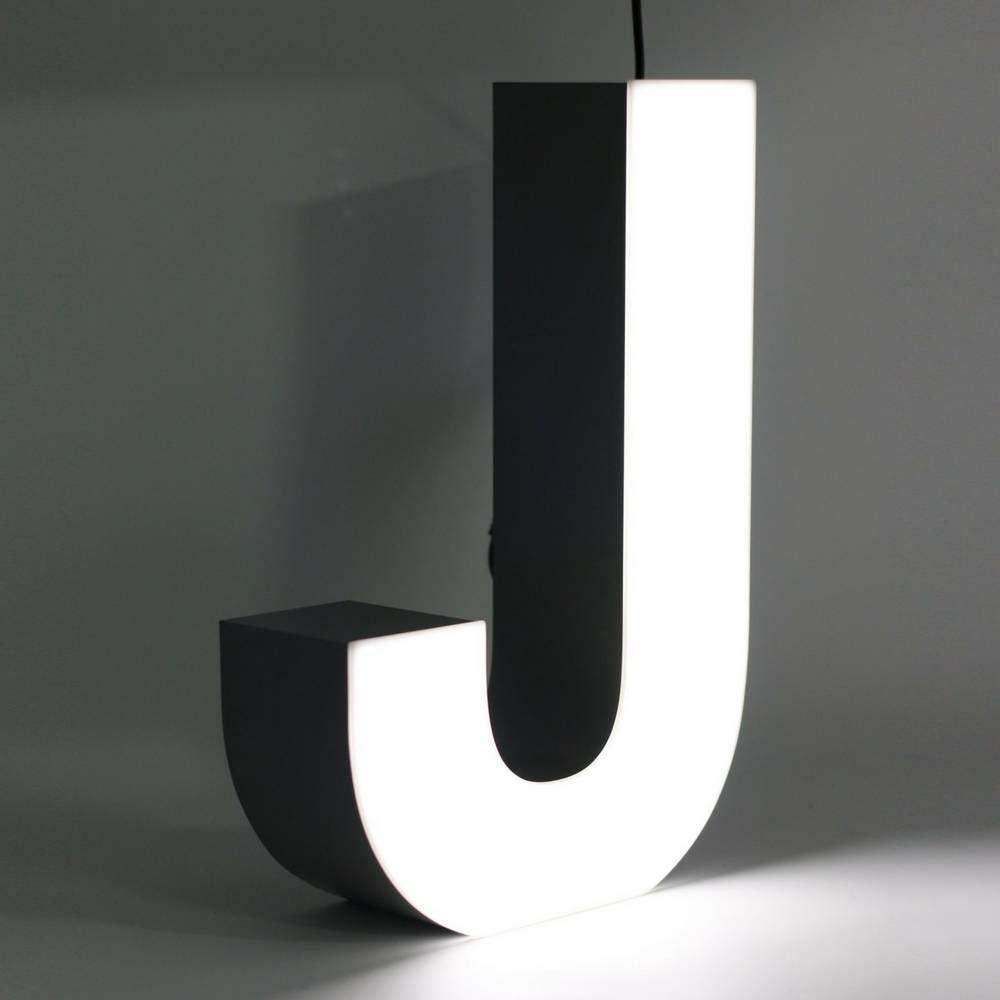 Quizzy LED Letter J-1
