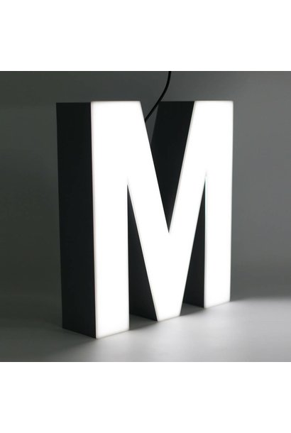 Quizzy LED Letter M