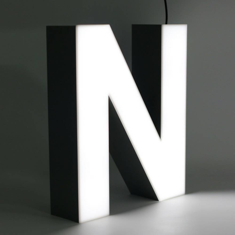 Quizzy LED Letter N-1