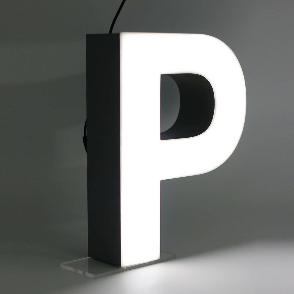 Quizzy LED Letter P-1
