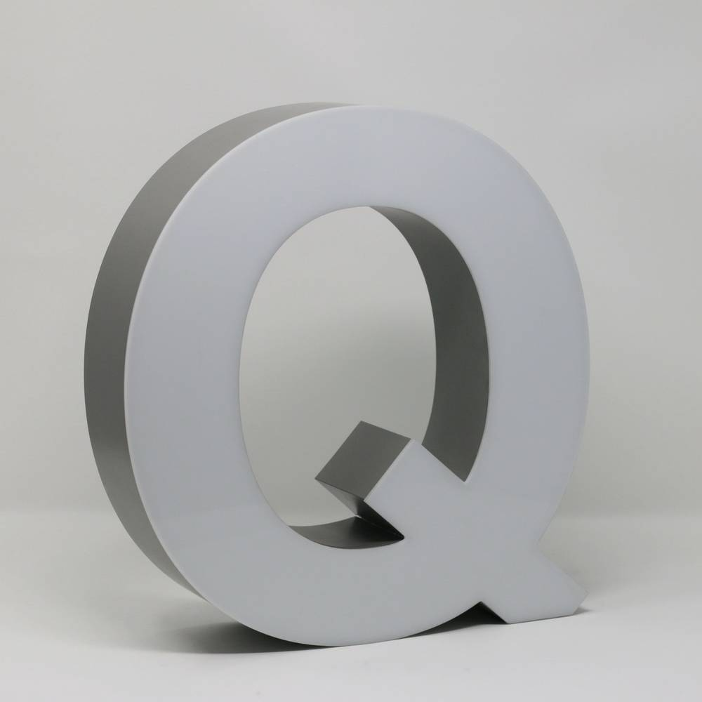 Quizzy LED Letter Q-3