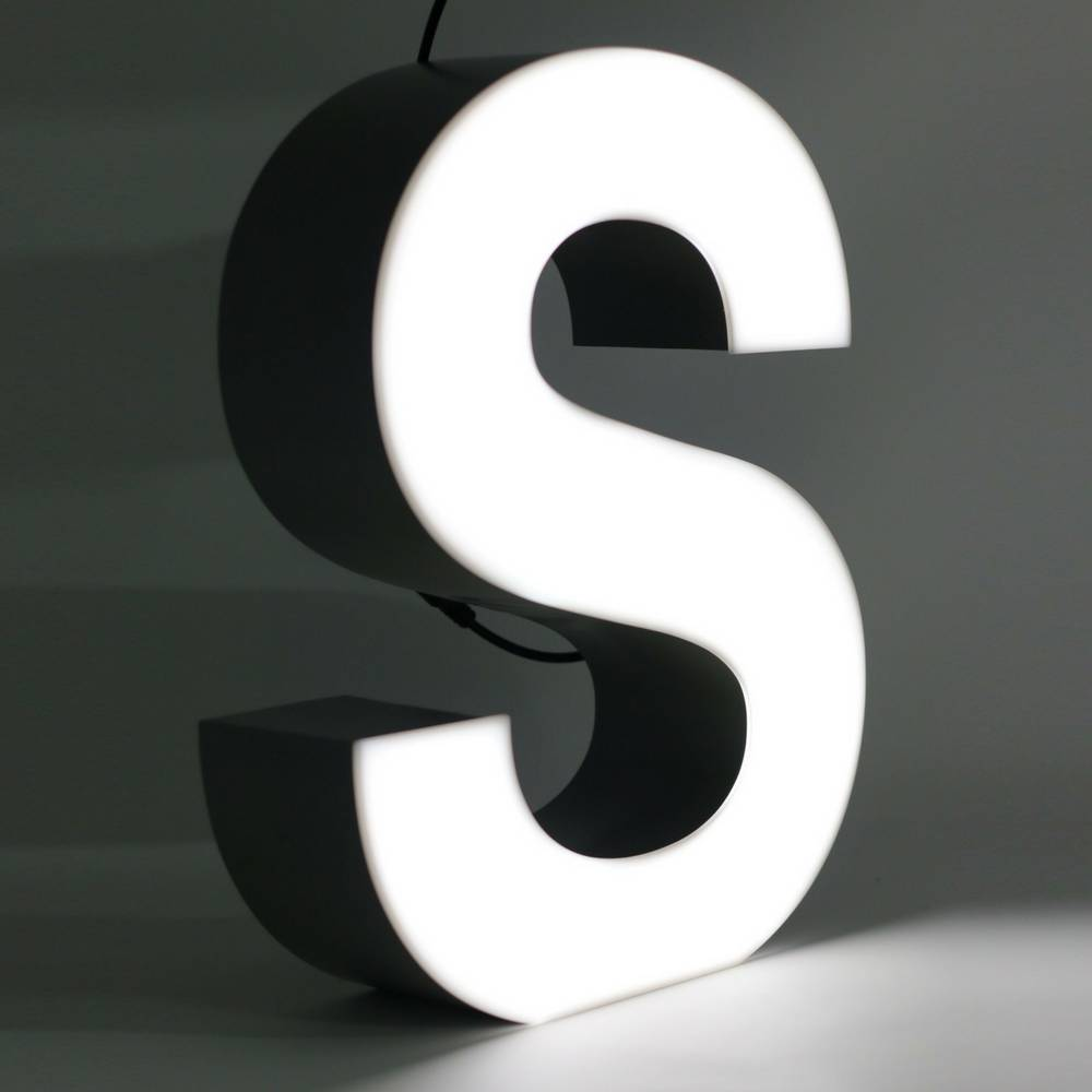 Quizzy LED Letter S-1