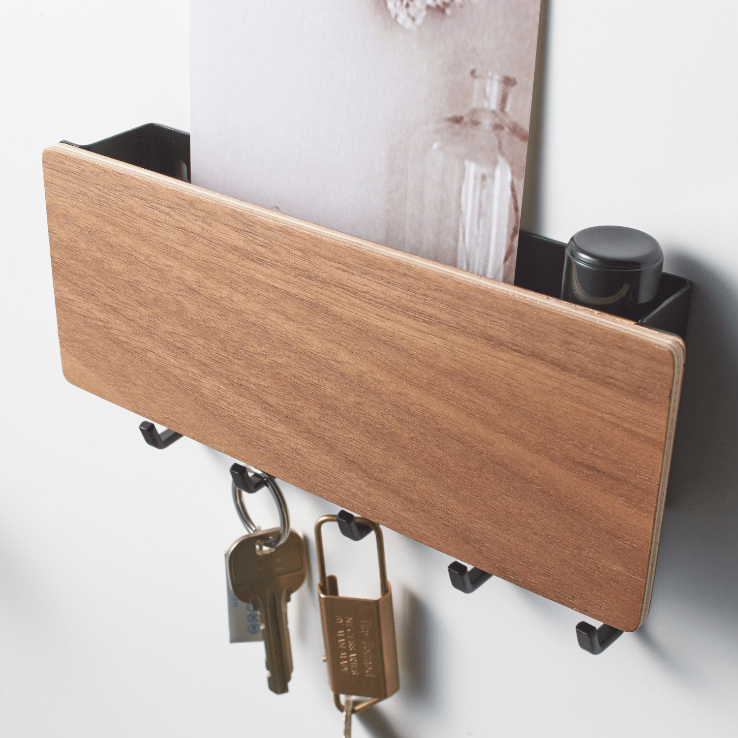 Magnetic Key Hook with Tray-3