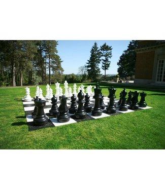 Ubergames Giga Schachspiel für draußen, bis zu 64cm hoch aus beständigem Kunststoff