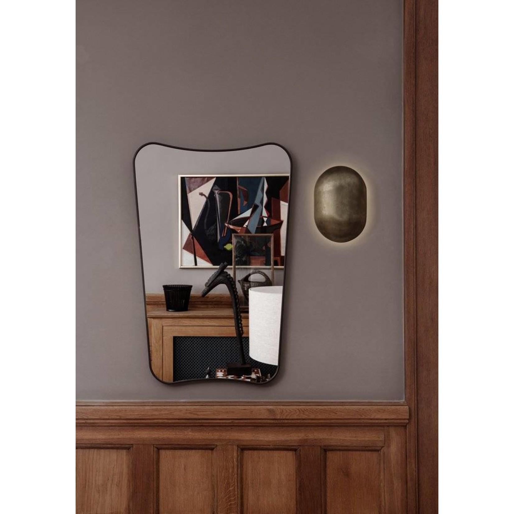 Gubi Miroir mural FA 33 - 54x80 - Laiton noir