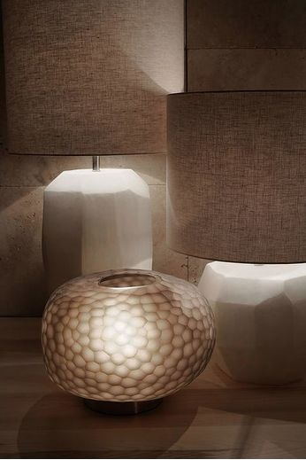 Guaxs Table lamp '' Cubistic Round Tablelamp '' Opal