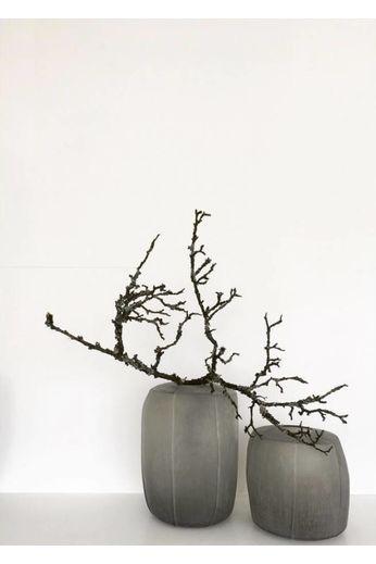 """Guaxs Vase """"Tamatav Tall '' Smokegrey"""