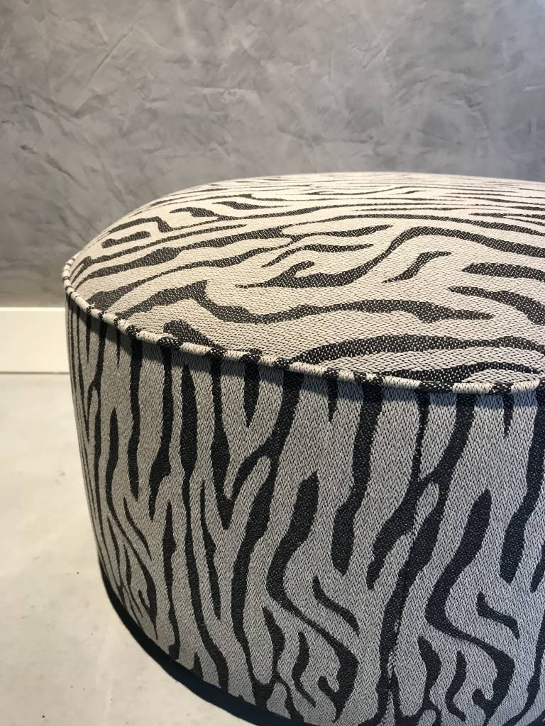 Evolution 21 Pouf Outdoor | SALE