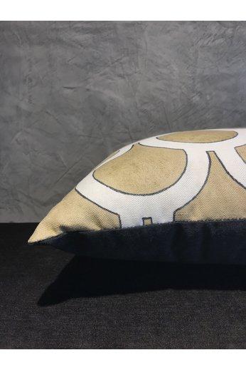 Cushion Kerylos   Karin Sajo