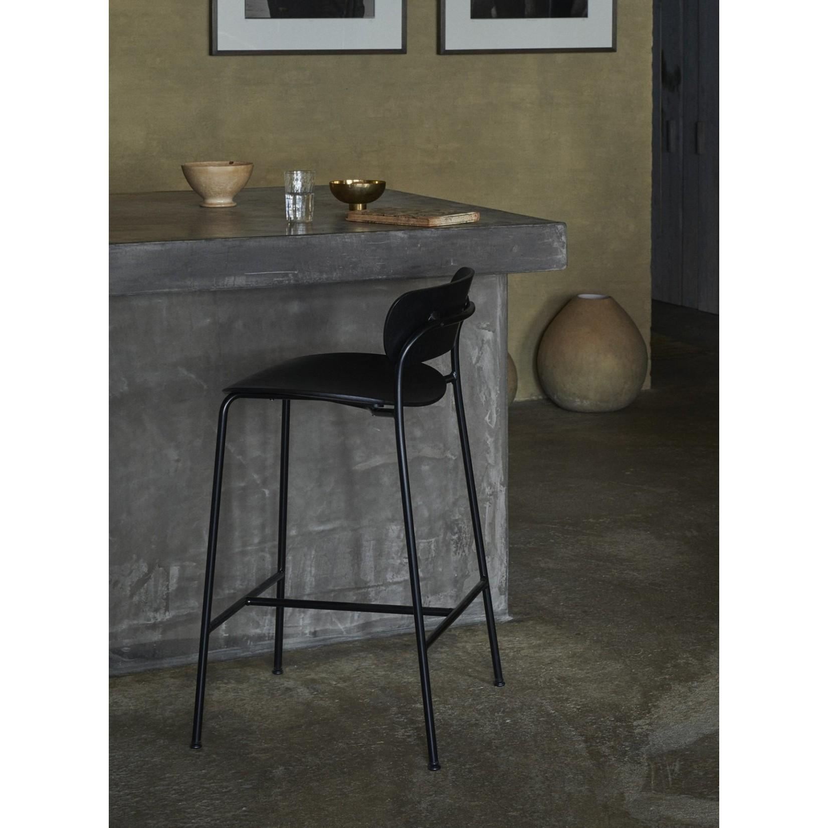 &Tradition Barkruk Pavilion AV9 75 cm | Black lacquered oak