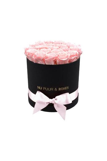 Medium - Pink Endless Roses - Black Box