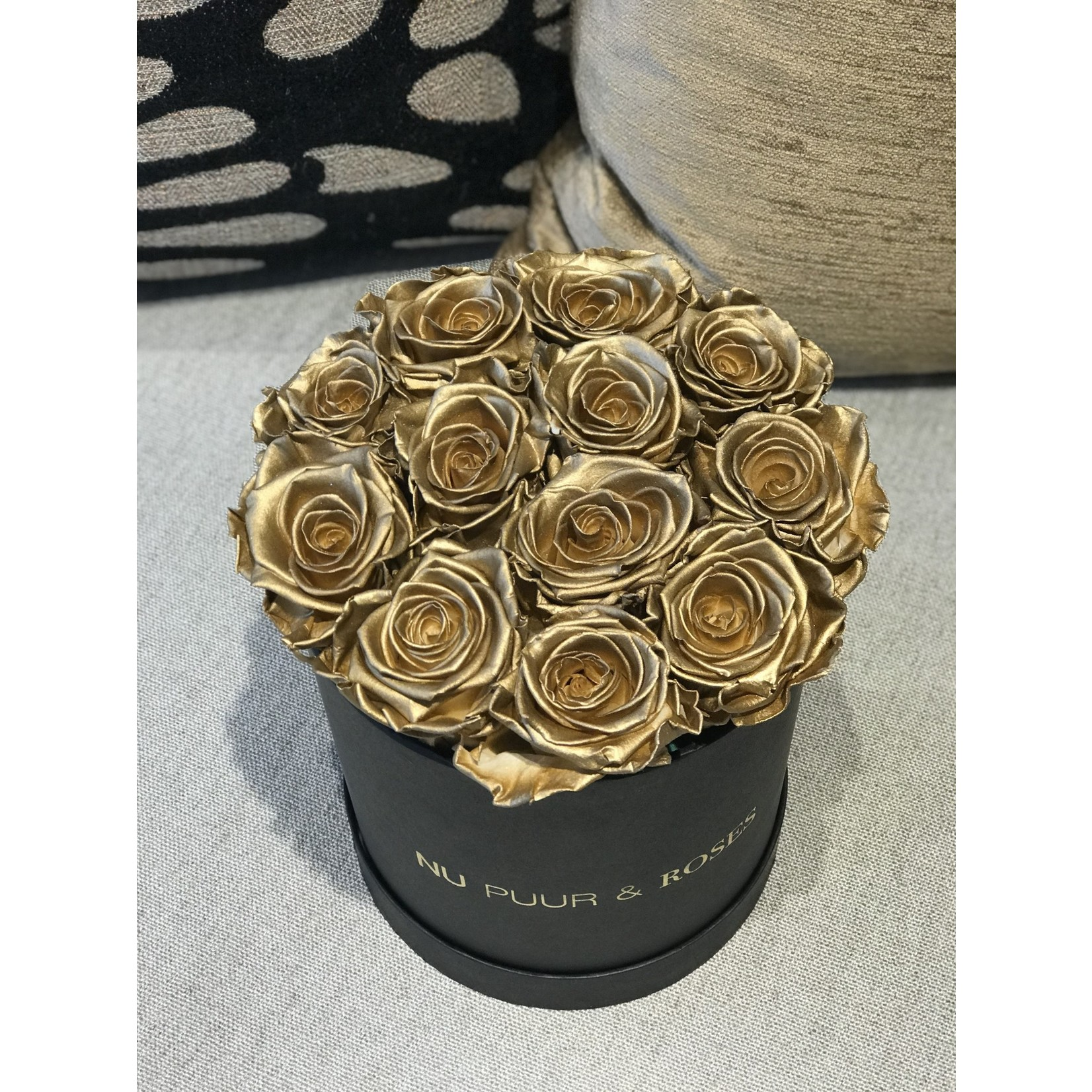 Small - Gold Endless Roses - Black Box