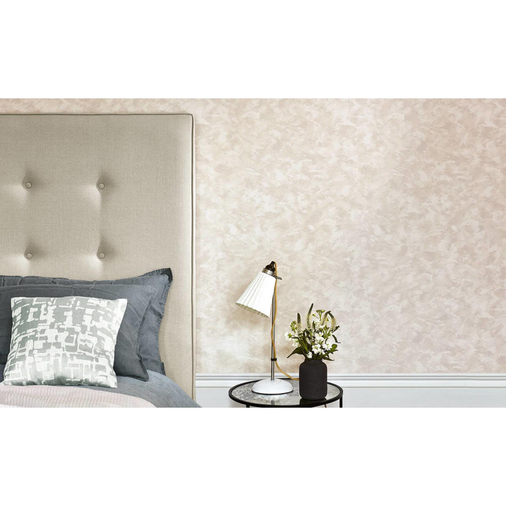 Villa Nova Renzo Wallcoverings | Lucidato Gold