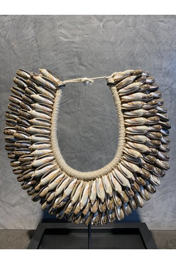 Shell necklace brown | Large