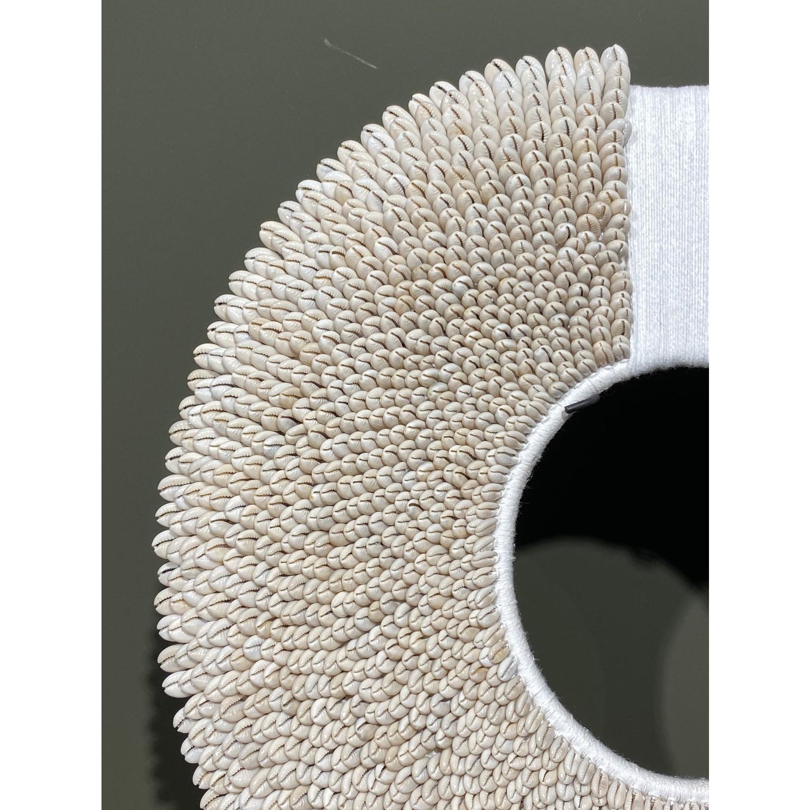 Collier Papua blanc avec corde | Dia. 47 cm