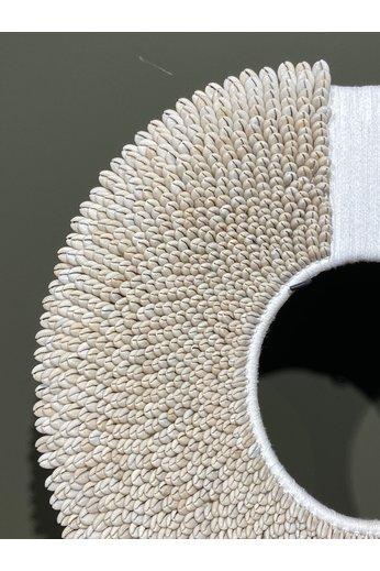 Papuaketting wit met touw | Dia. 47 cm