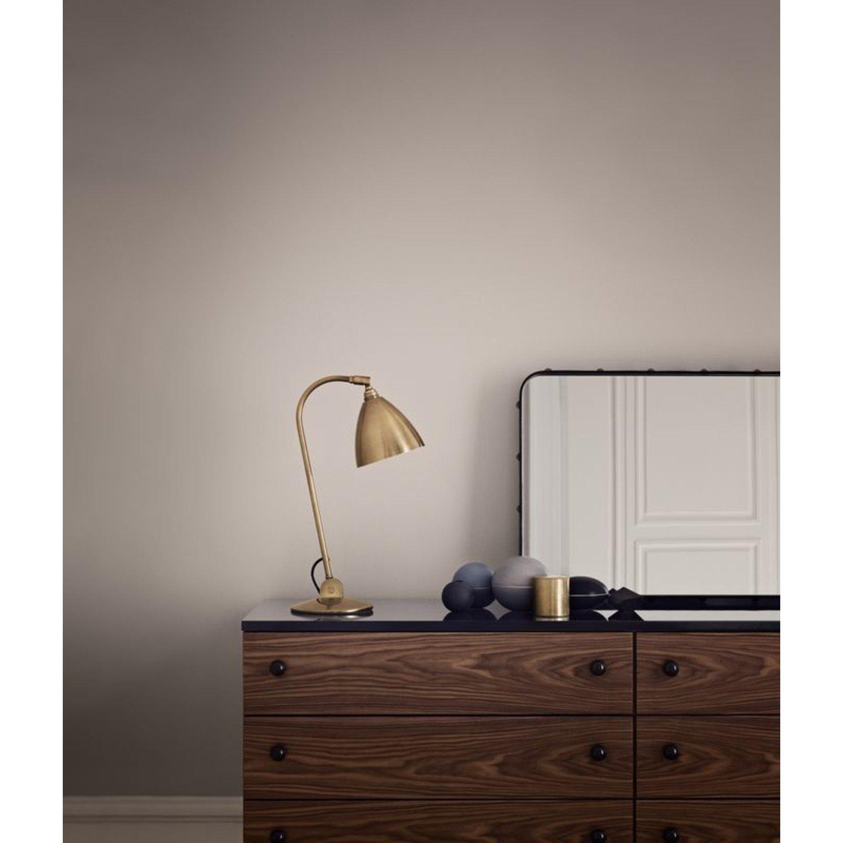 Gubi BL2 Table Lamp - Ø16   Brass Base & Shiny Brass Shade
