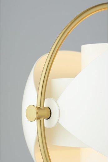 Gubi Lampe de table Multi-Lite | Base en laiton et abat-jour semi-mat blanc
