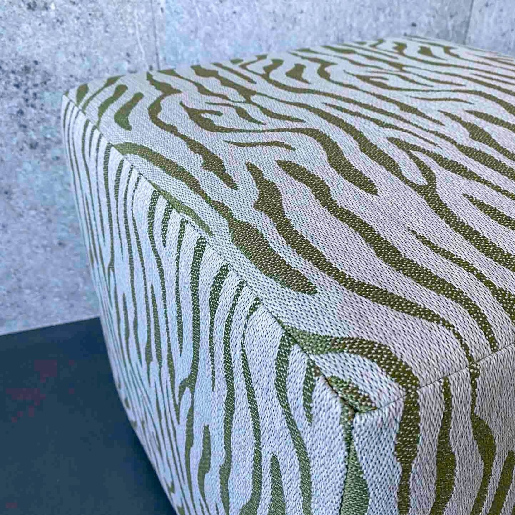 Evolution 21 Cayenne Sun Green | Outdoor Pouf Square