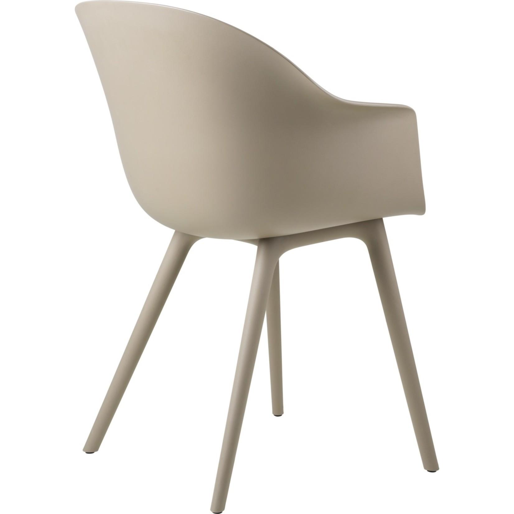 Gubi Bat Dining Chair Outdoor | New Beige