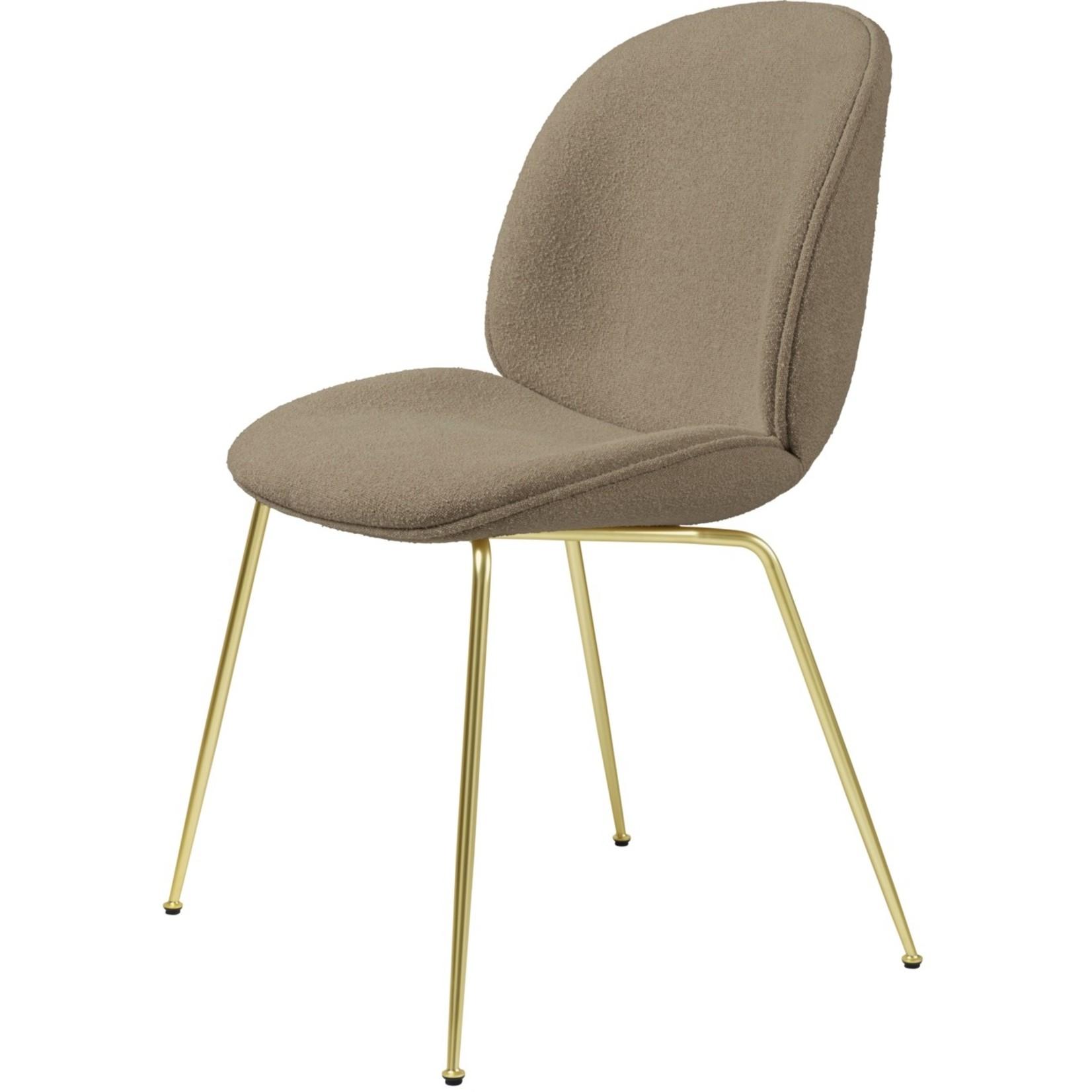 Gubi Chaise de salle à manger Beetle | Light Bouclé 003 & Base Laiton Semi Mat