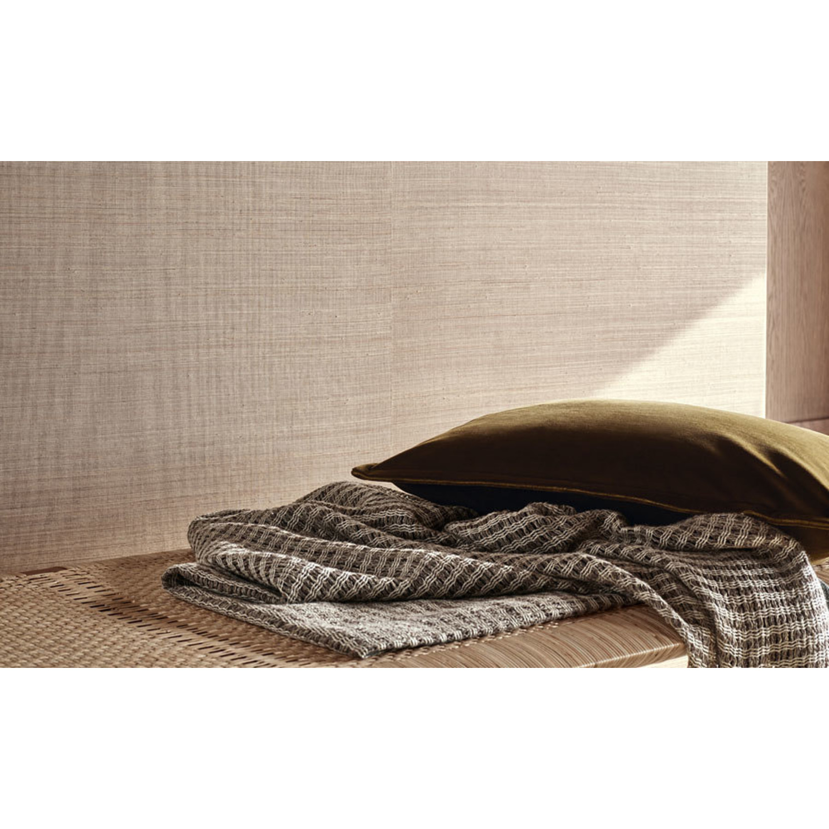 Mark Alexander Grasscloth Handwoven Wallcoverings | Abaca Indigo
