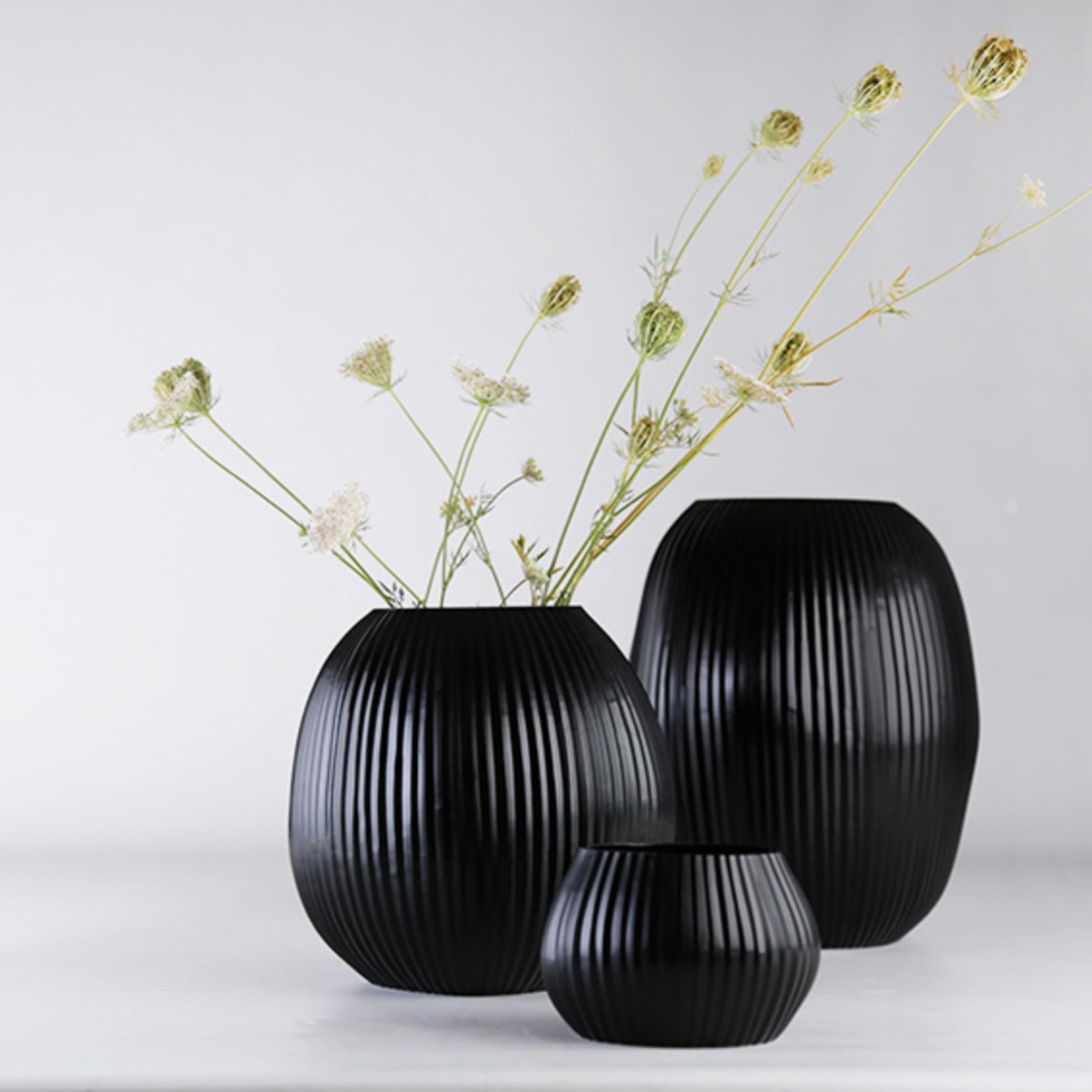 Guaxs Vase Nagaa L   Black