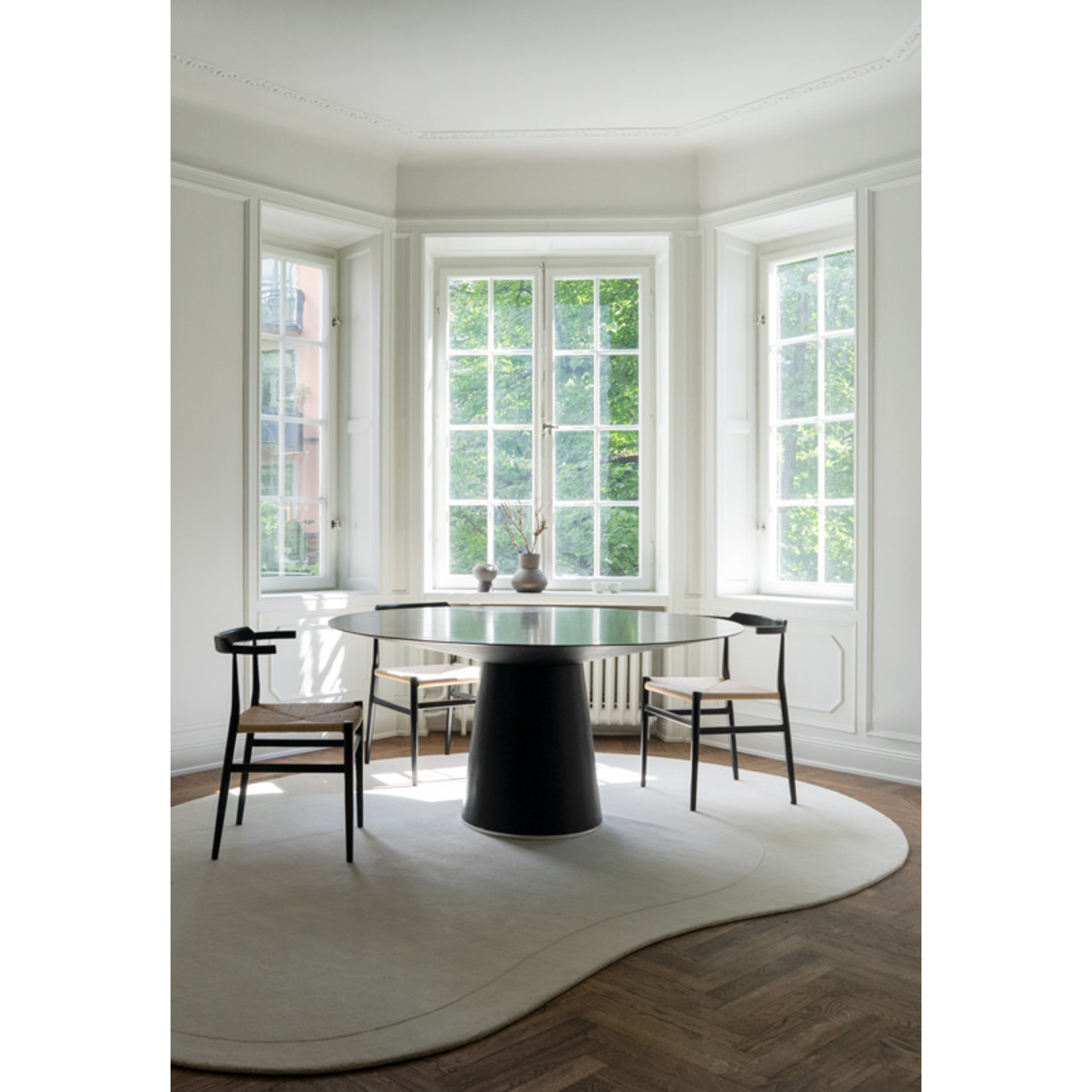 Layered Residue Off White Wool Rug   235 x 350 cm