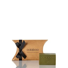 Oolaboo Matcha Tea & Sweet Almond Soap | Uitlopend