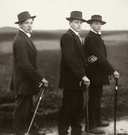 Foam Editions UITVERKOCHT - August Sander - Jungbauern (Young Farmers), 1914