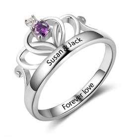 KAYA jewellery Birthstone ring with engraving 'crown'