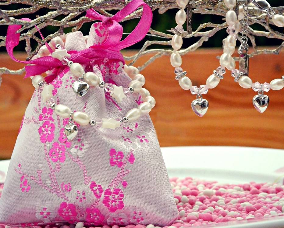 KAYA jewellery All jewellery will be luxuriousy wrapped