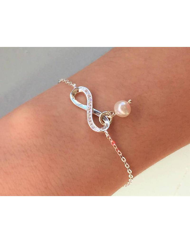 """KAYA jewellery Silver Baby Bracelet """"You are loved for infinity with pearl"""""""