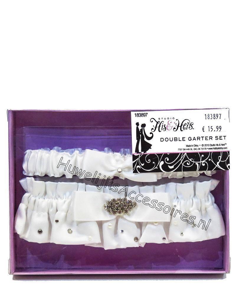 Wit satijn en strass kousenbandje set