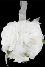 Witte pomander bal voor u bruiloft.