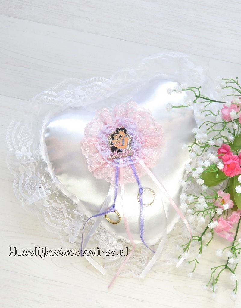 Disney Disney Jasmine en Aladdin witte trouwring kussen