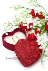 Ringdoosje hartvormig met rode hartjes print