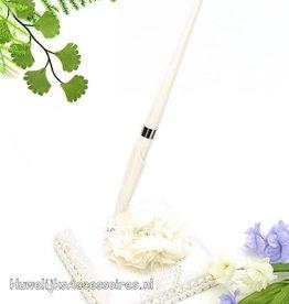 Gasten pen met houder en grote stof bloem