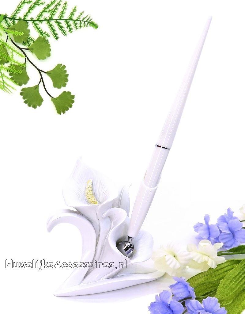 Zeer mooie receptie pen en houder set met calla lily bloem