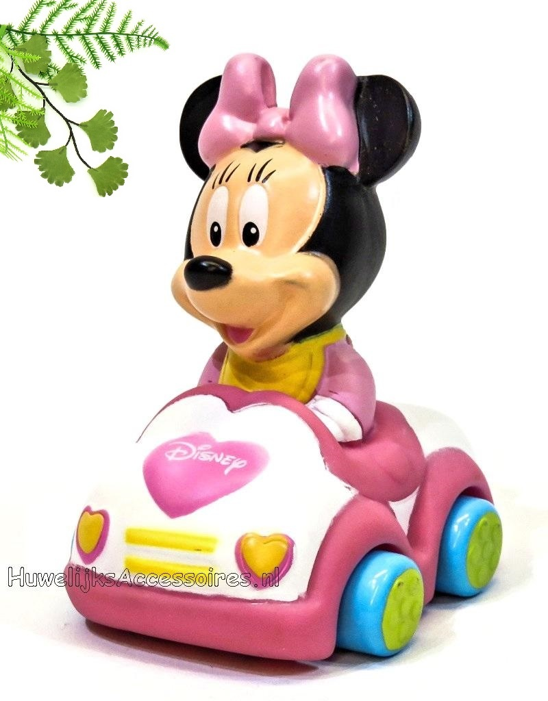 Disney Baby Minnie Mouse zit in een leuke mini auto