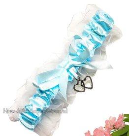 Kousenband blauw en wit met 2 hartjes