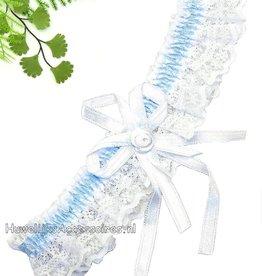 Licht blauw en wit kousenband