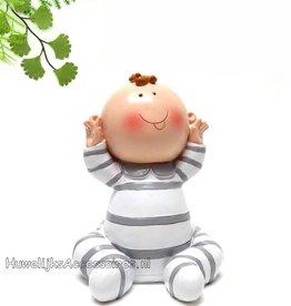 Zeer leuk baby beeldje in pyjama