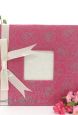 Gastenboek met rozen geprint en een satijnen strik